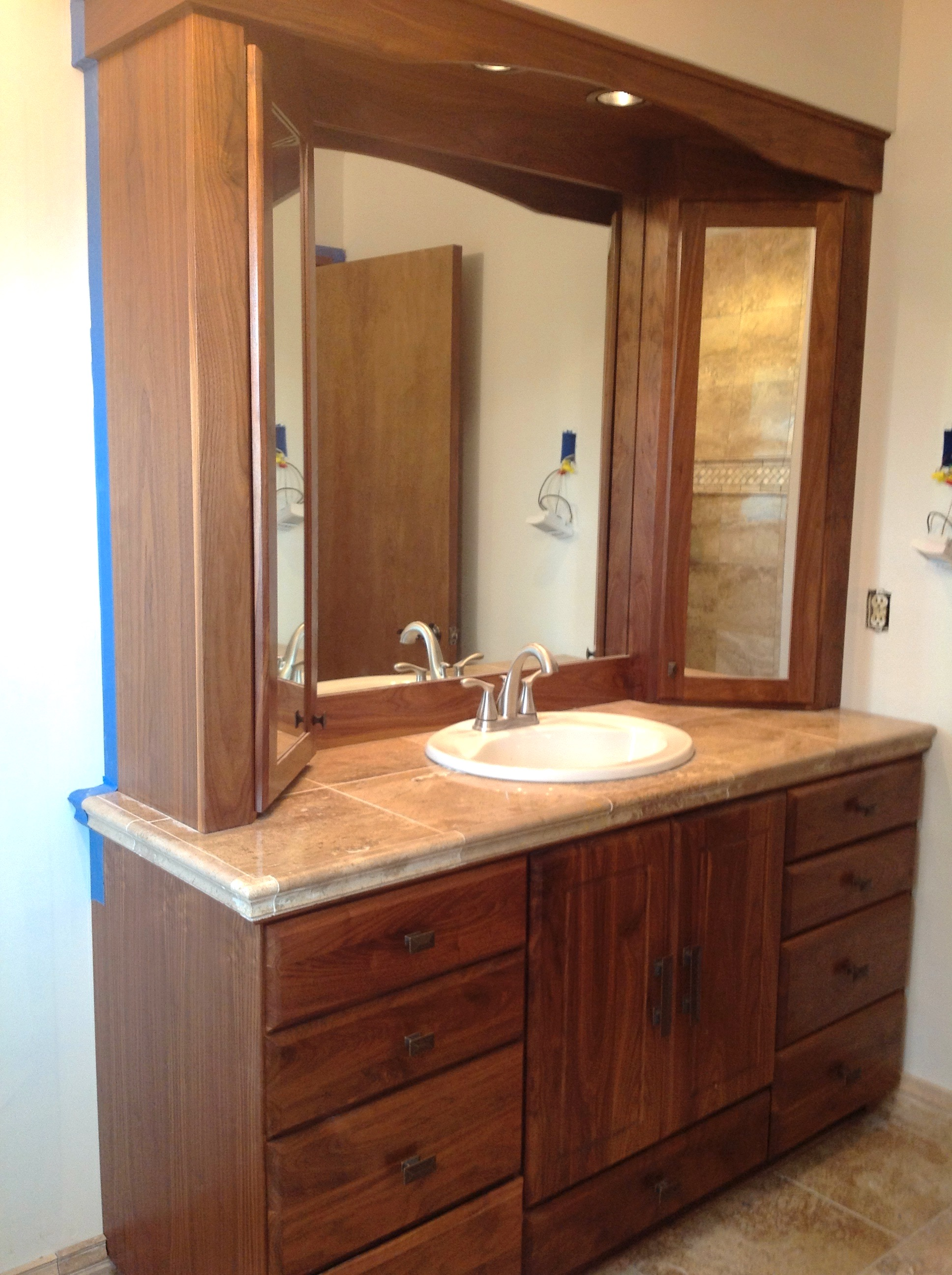 bathroom-cabinets-with-sink