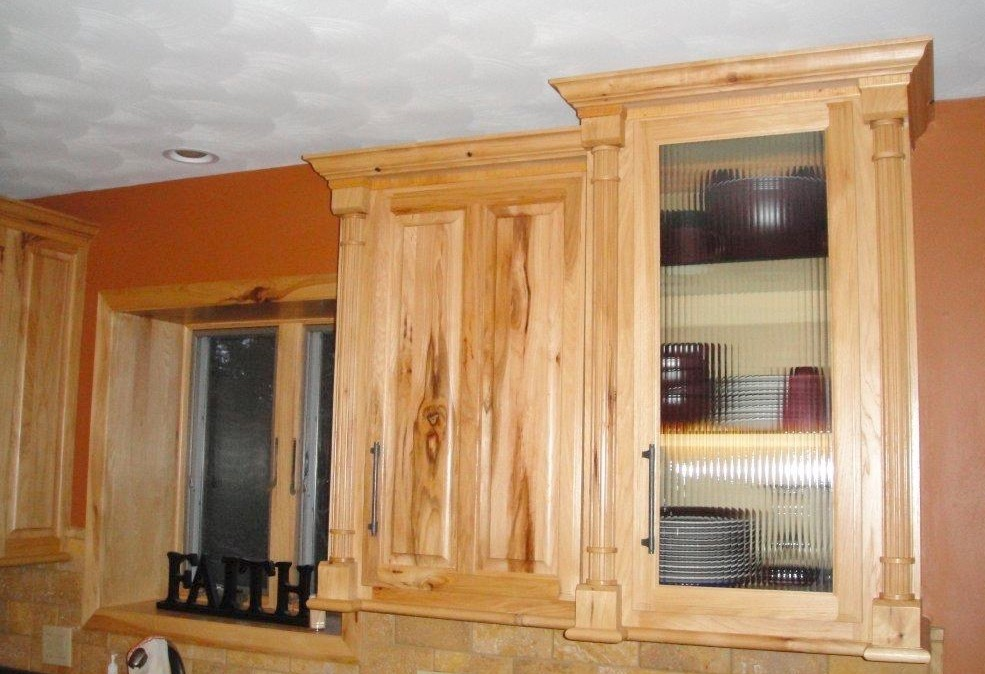 kitchen-cabinets-with-glass